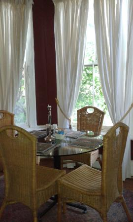 Nick's Place: Dining Room