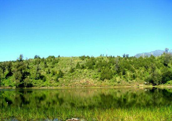 Lake Ranu Regulo