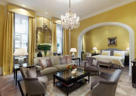 Hotel Sacher Wien: Deluxe Junior Suite Swan Lake