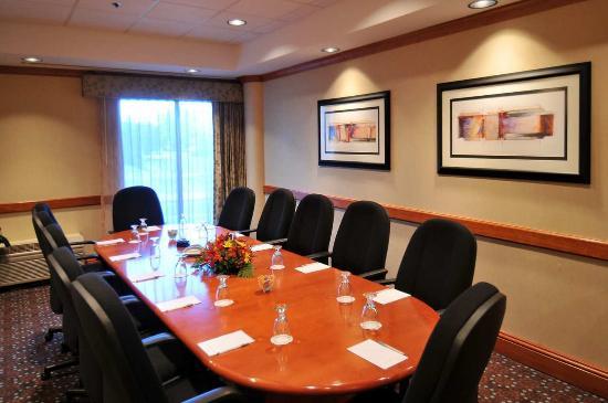 Hampton Inn Denver West Federal Center : Boardroom