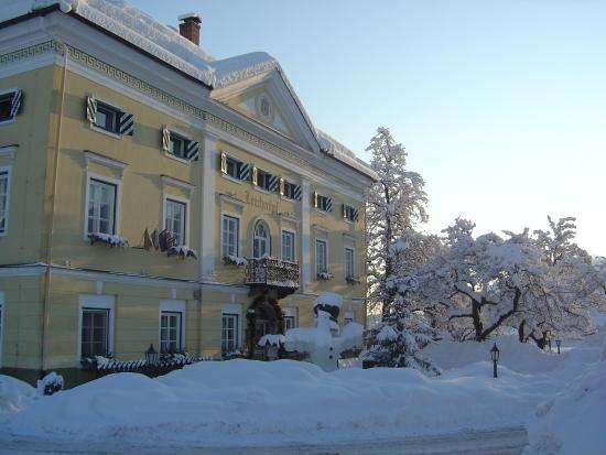 Biedermeier Schlossl Lerchenhof