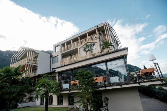 Hotel panorama bewertungen fotos caldaro sulla strada for Designhotel italien