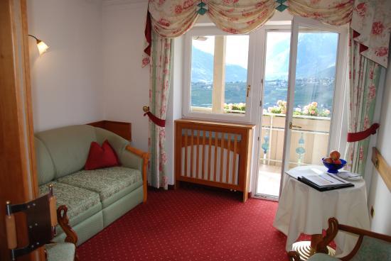 Hotel Resmairhof: Sitzbereich im Zimmer