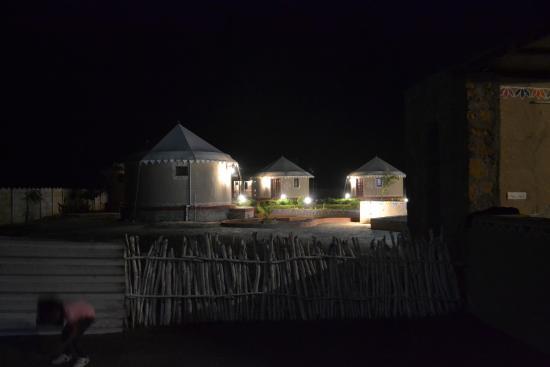 Kutch Resort: Night view
