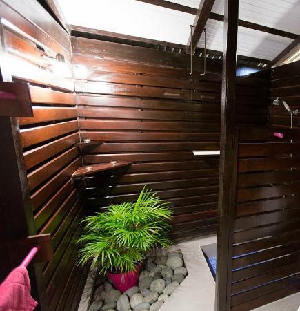 Piton Bungalows : Salle de bains