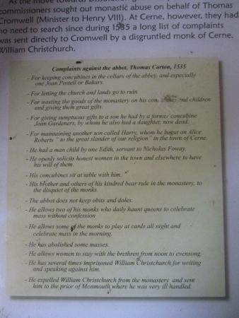 Cerne Abbas, UK: Complaints about the monks