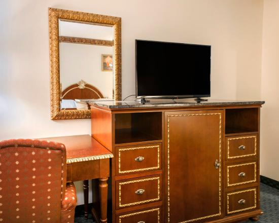 Chesterton, IN: Guest Room