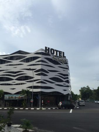 hotel entrance picture of sri langit hotel sepang tripadvisor rh tripadvisor co za