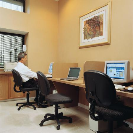 Trevose, Πενσυλβάνια: Complimentary Business Center, open 24 hours a day