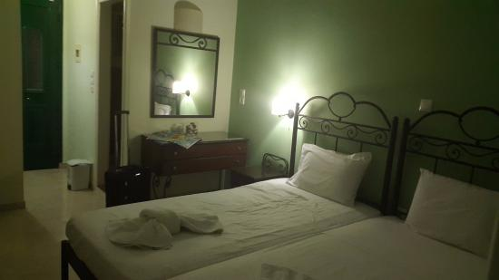 Agia Marina, Grecia: groud floor room
