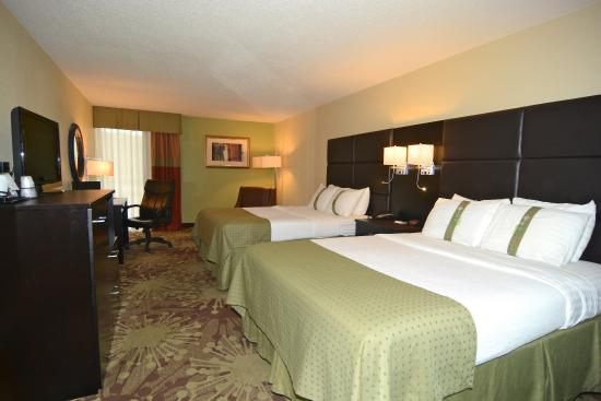 Morgantown, PA: Two Queen Executive Room