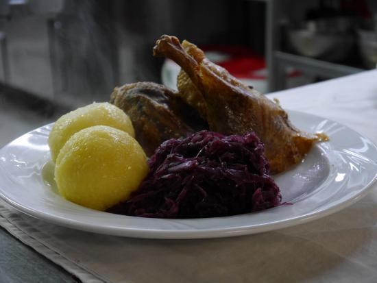 Oberderdingen, Tyskland: Köstliche Bauernente