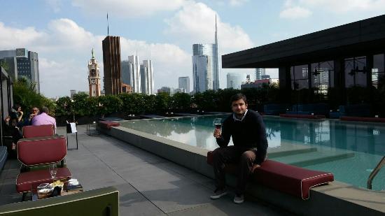 Ceresio 7 Pools & Restaurant - Picture of Ceresio 7 Pools ...
