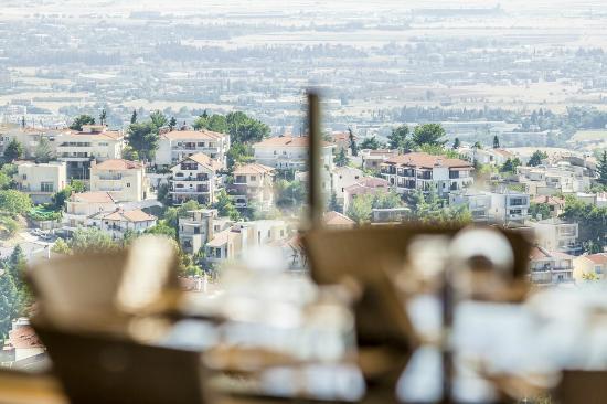 c6a487a3a83 Restaurant view - Εικόνα του Villa Luna, Θεσσαλονίκη - TripAdvisor
