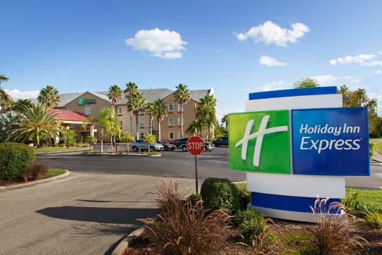 Holiday Inn Express Port Charlotte: Hotel Exterior