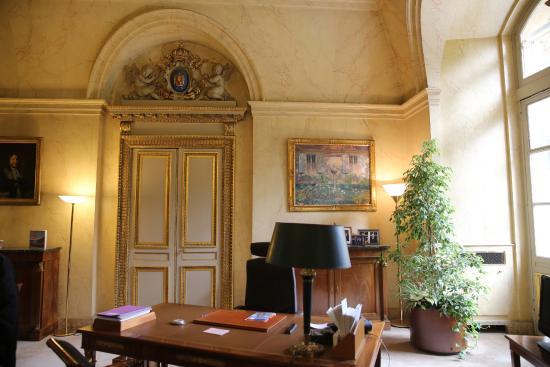 Paris. palais du luxembourg sénat . bureau dun vice président du