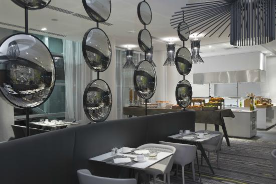 Le miroir restaurant photo de melia paris la defense for Miroir paris restaurant