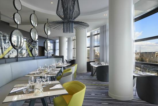Le miroir restaurant foto de melia paris la defense for Miroir restaurant paris