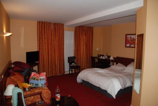 Vernantes, France : Our room...
