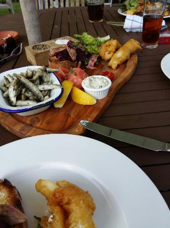 The Fox: Fish share plate