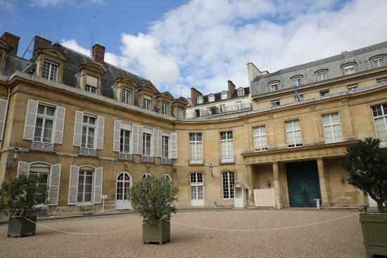 Paris. palais du luxembourg sénat . bureau du directeur de cabinet