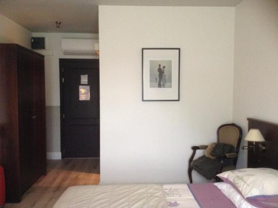 Knesselare, Belgien: room