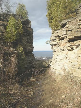 Grimsby, Canada: Old Quarry at Beamer Memorial Conservation Area