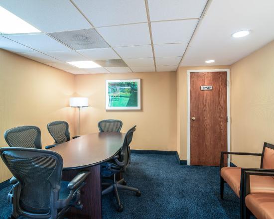 Lexington, MA: Conference Room