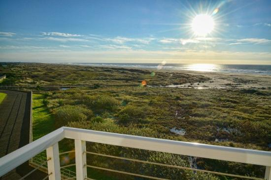 Ocean Shores, WA: Grand Suite Balcony View