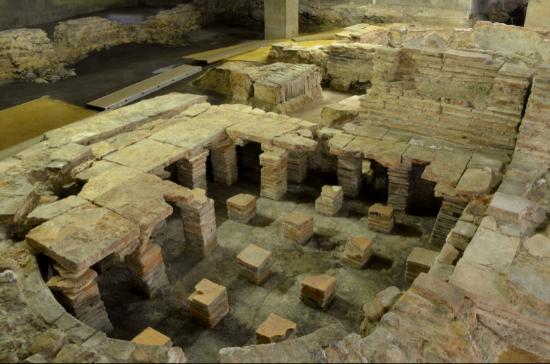 Billingsgate Roman Bath House
