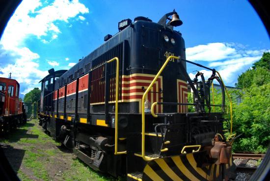 Shokan, NY: Real Trains