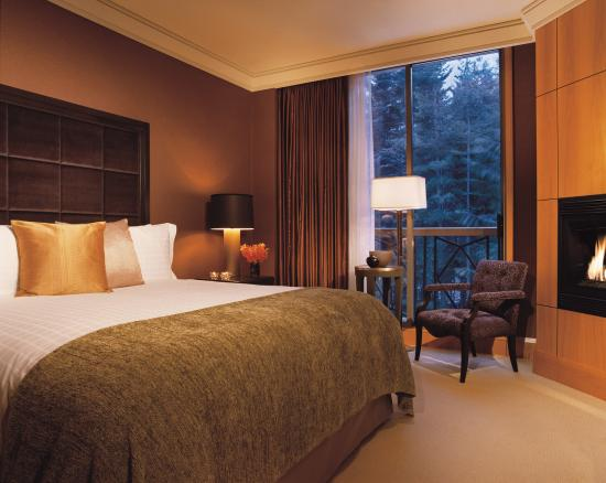 ‪Four Seasons Resort and Residences Whistler‬