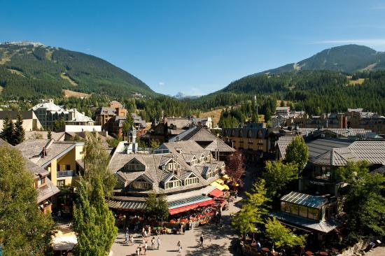 Four Seasons Resort and Residences Whistler: Whistler Village