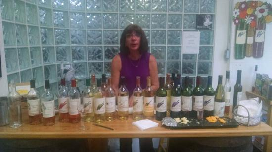 Murielle Winery: Taste them all - Delicious