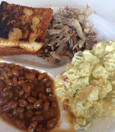 Jasper, FL: Pulled Pork with Baked Beans and Potato Salad