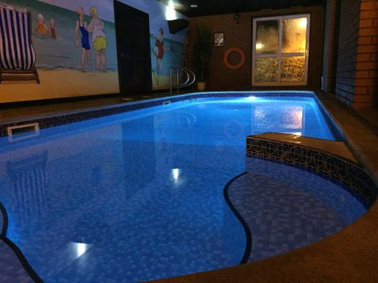 The Bedford Hotel : Indoor Heated Swimming Pool