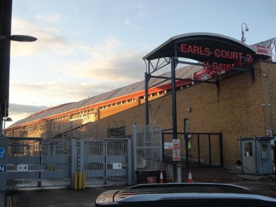 Earls Court Exhibition Center: Fachada