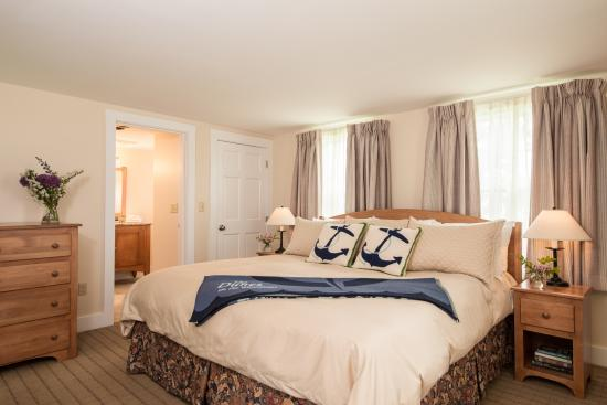 The Dunes on the Waterfront: Superior Guestroom