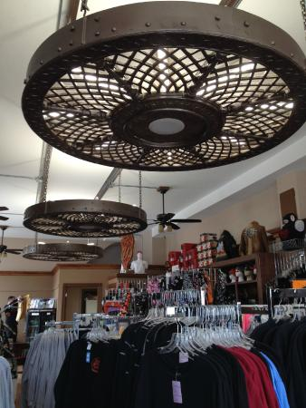 Lanesboro, MN: The only doilies you will find are metal and hanging form the ceiling