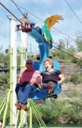 Grand Crowne Resort: Enjoying the chair lift