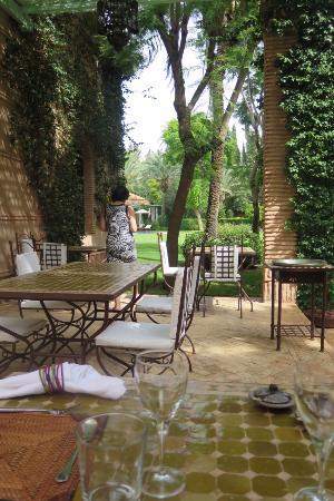 Dar Zemora: external dining area