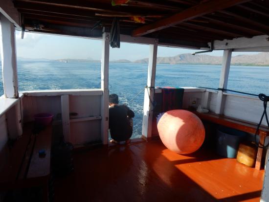 De boot: Sea Star - de hutten (één ruimte met gordijnen als ...