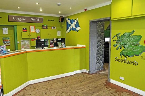 Cowgate Tourist Hostel: Reception area