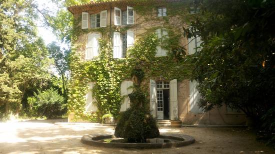 Fachada picture of la bastide du jas de bouffan aix en provence tripadvisor - Cote bastide aix en provence ...