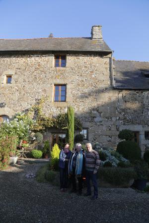 Saint-Brice-en-Cogles, Γαλλία: The hosts