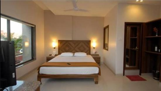 Sai Palace Budget Hotel