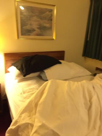 Road Star Inn - Madison: Bring extra pillows