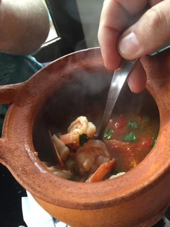 Tarad thai thai restaurant 601 se morrison st in for Authentic thai cuisine portland