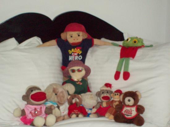 Berkeley Springs, เวสต์เวอร์จิเนีย: Our family --big bed!