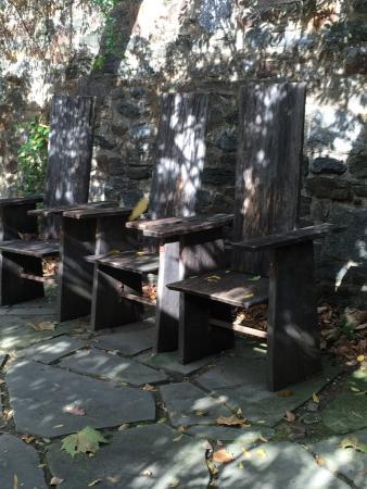 Wayne, Pensylwania: Chairs as art and function